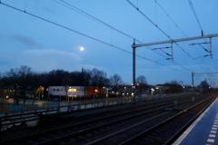 Vroeg wachten op de trein