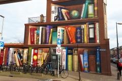Hele grote boekenkast